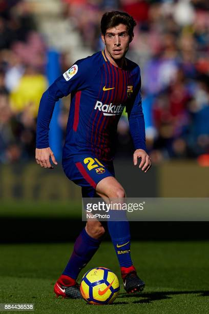 Sergi Roberto of FC Barcelona with the ball during the La Liga match between FC Barcelona and Real Celta de Vigo at Camp Nou on December 2 2017 in...