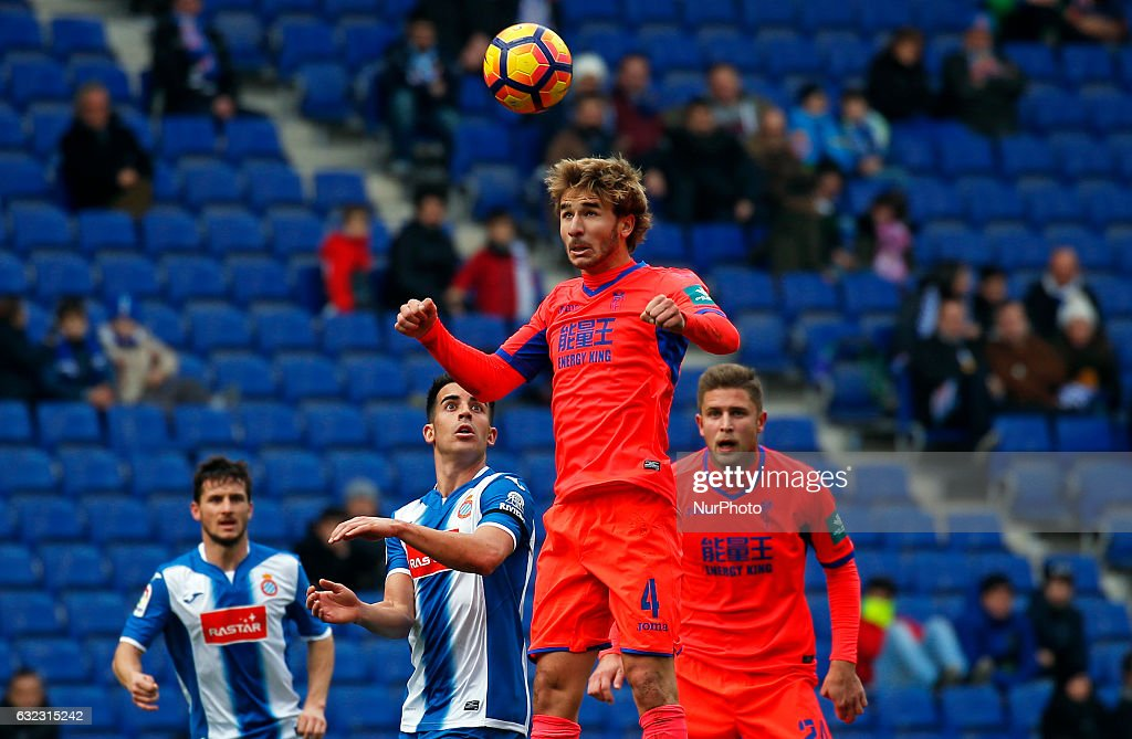Sergi Samper during the match between RCD Espanyol and Granada CF, on January 21, 2017.