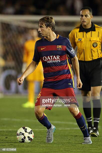 Sergi Samper of FC Barcelona during the International Champions Cup 2015 match between FC Barcelona and Los Angeles Galaxy at Rose Bowl on July 21...