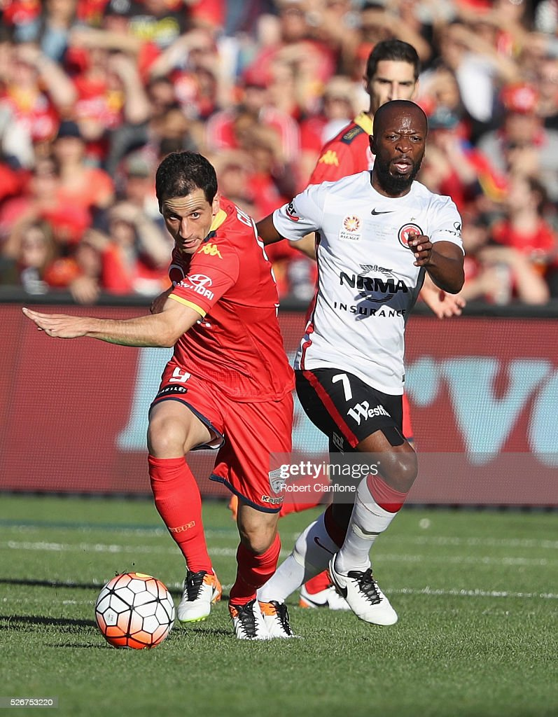 Sergiao Cirio of Adelaide United runs with the ball during the 2015/16 A-League Grand Final match between Adelaide United and the Western Sydney Wanderers at Adelaide Oval on May 1, 2016 in Adelaide, Australia.