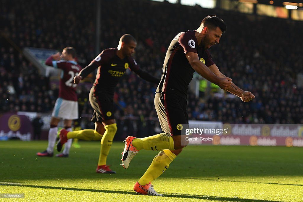 Burnley v Manchester City - Premier League : News Photo