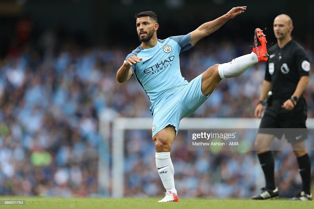 http://media.gettyimages.com/photos/sergio-aguero-of-manchester-city-during-the-premier-league-match-picture-id589321754