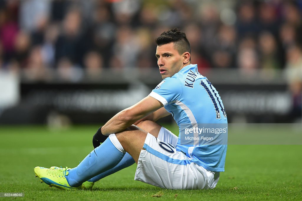 Sergio Aguero of Manchester City reacts after a missed chance on goal during the Barclays Premier League match between Newcastle United and Manchester City at St James' Park on April 19, 2016 in Newcastle, England.