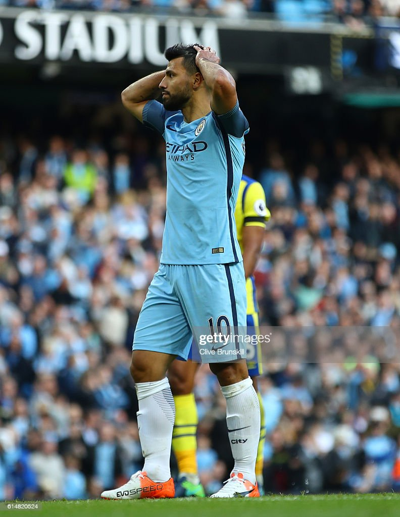 Sergio Aguero of Manchester City reacts to missing a penalty during the Premier League match between Manchester City and Everton at Etihad Stadium on October 15, 2016 in Manchester, England.