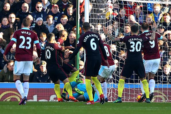 Burnley v Manchester City - Premier League : News Photo