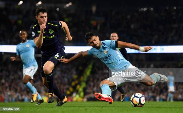 Sergio Aguero of Manchester City shoots at goal during the Premier League match between Manchester City and Everton at Etihad Stadium on August 21...