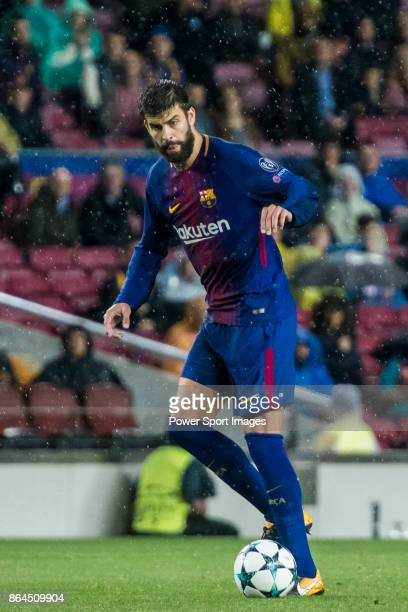 Sergio Busquets Burgos of FC Barcelona in action during the UEFA Champions League 201718 match between FC Barcelona and Olympiacos FC at Camp Nou on...