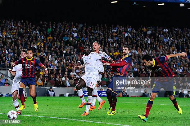 Sergio Busquets of FC Barcelona scores their second goal during the UEFA Champions League Group H match Between FC Barcelona and AC Milan at Camp Nou...