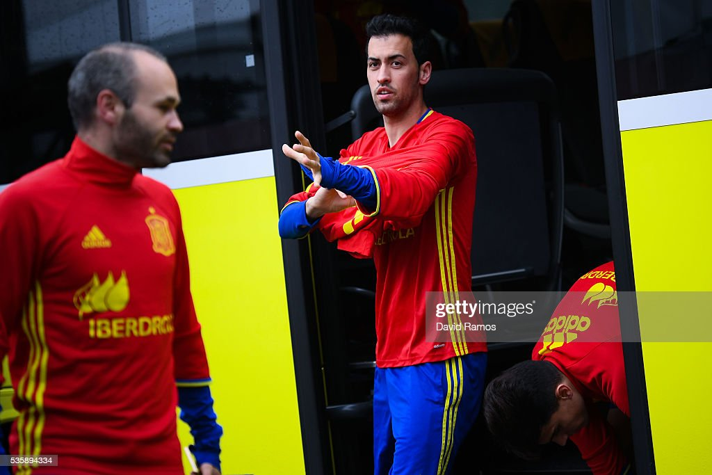 <a gi-track='captionPersonalityLinkClicked' href=/galleries/search?phrase=Sergio+Busquets&family=editorial&specificpeople=5477015 ng-click='$event.stopPropagation()'>Sergio Busquets</a> of Spain arrives for a training session on May 30, 2016 in Schruns, Austria.