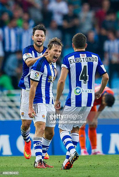 Sergio Canales of Real Sociedad celebrates after scoring a goal during the La Liga match between Real Sociedad and Valencia CF at Estadio Anoeta on...