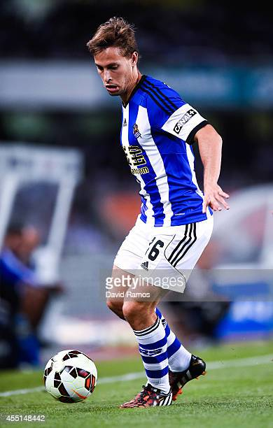Sergio Canales of Real Sociedad with the ball during the La Liga match between Real Sociedad de Futbol and Real Madrid CF at Estadio Anoeta on August...