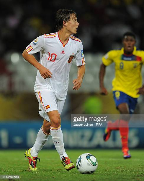 Sergio Canales of Spain controls the ball during the FIFA U20 World Cup Colombia 2011 group C match between Ecuador and Spain at the Palogrande...
