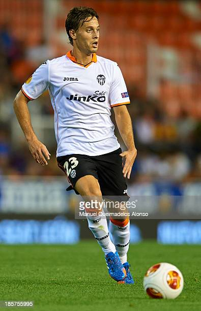 Sergio Canales of Valencia CF runs with the ball during the UEFA Europa League Group A match between Valencia CF and SFC St Gallen at Estadi de...