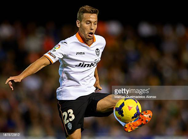 Sergio Canales of Valencia controls the ball during the La Liga match between Valencia CF and Real Valladolid CF at Estadio Mestalla on November 30...