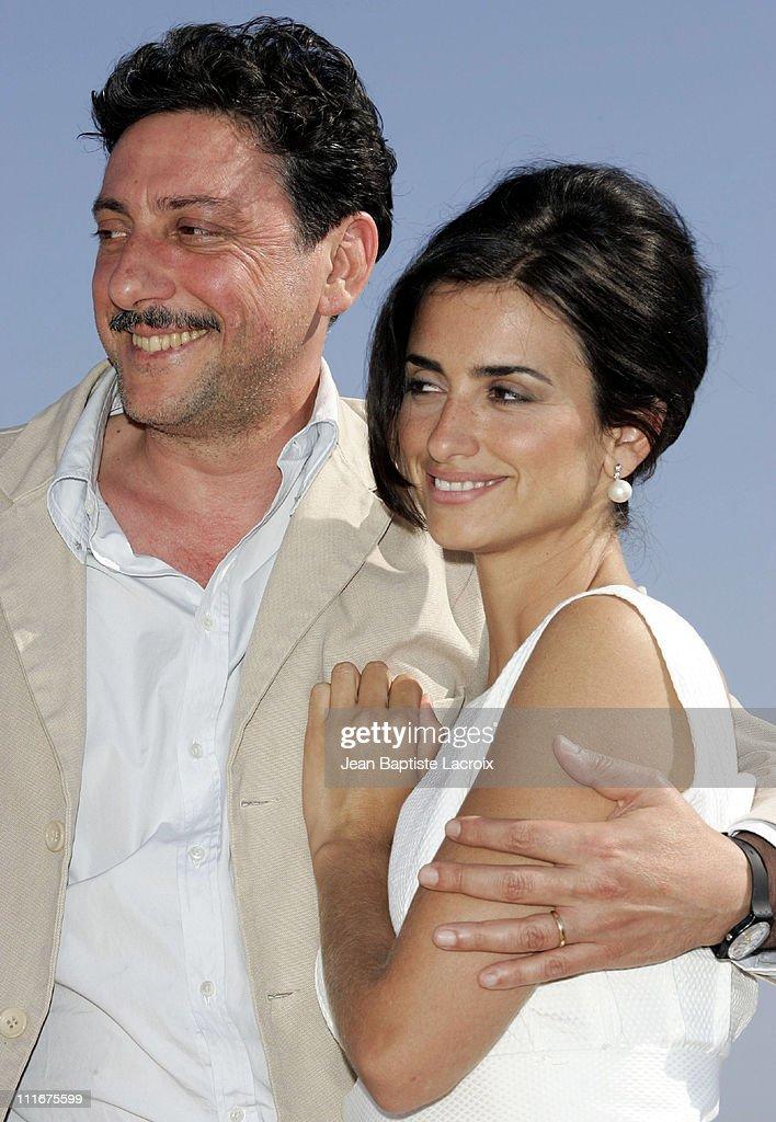 """2004 Cannes Film Festival - """"Non Ti Muovere"""" - Photocall"""