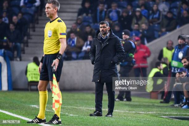 Sergio Conceicao coach of Porto during the Uefa Champions League match between Fc Porto and As Monaco at Estadio do Dragao on December 6 2017 in...