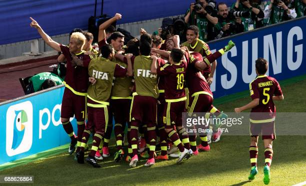 Sergio Cordova of Venezuela celebrates with team mates after scoring his teams first goal during the FIFA U20 World Cup Korea Republic 2017 group B...