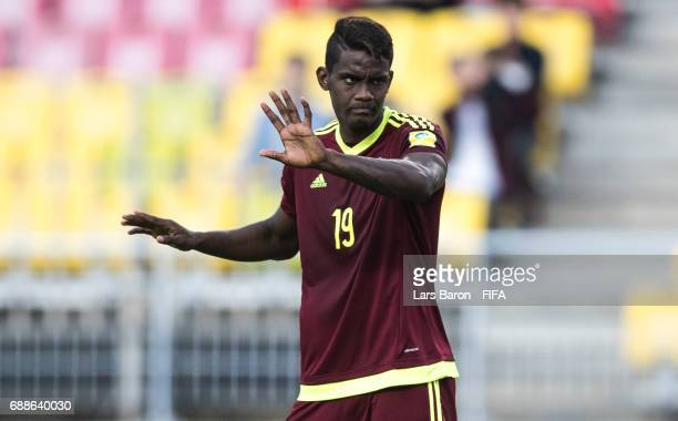 Sergio Cordova of Venezuela gestures during the FIFA U20 World Cup Korea Republic 2017 group B match between Mexico and Venezuela at Suwon World Cup...