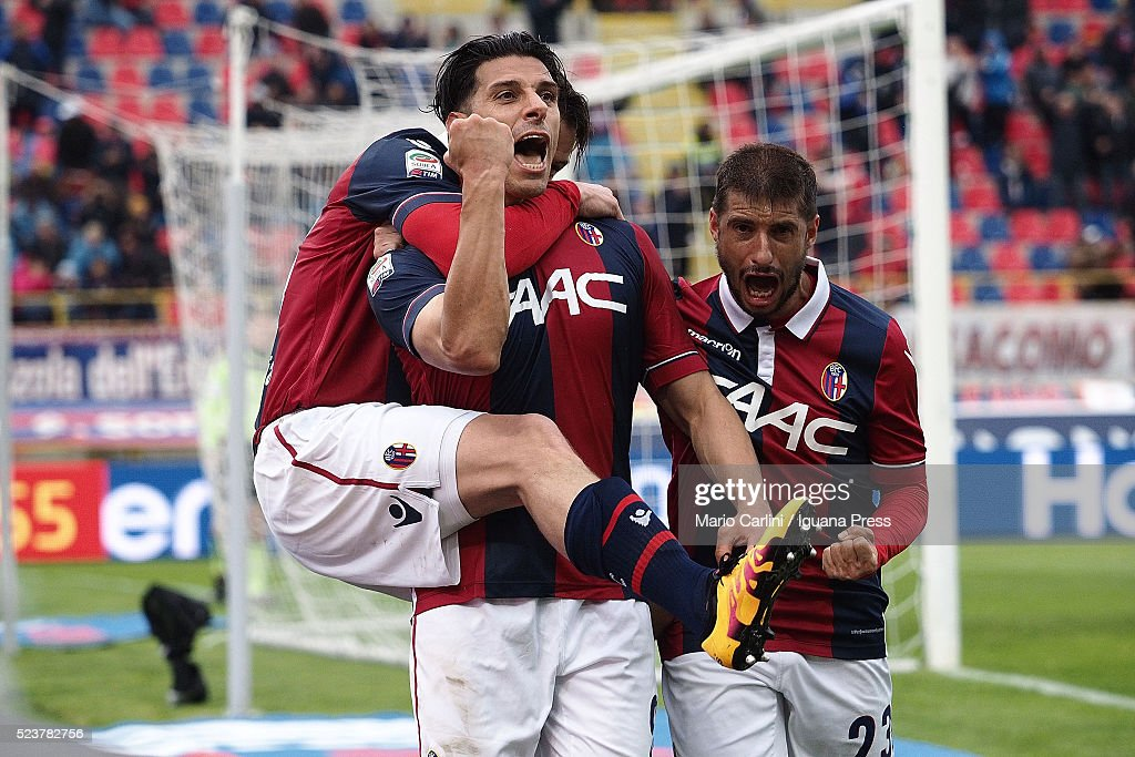 <a gi-track='captionPersonalityLinkClicked' href=/galleries/search?phrase=Sergio+Floccari&family=editorial&specificpeople=675401 ng-click='$event.stopPropagation()'>Sergio Floccari</a> # 99 of Bologna FC celebrates after scoring his team's second goal during the Serie A match between Bologna FC and Genoa CFC at Stadio Renato Dall'Ara on April 24, 2016 in Bologna, Italy.