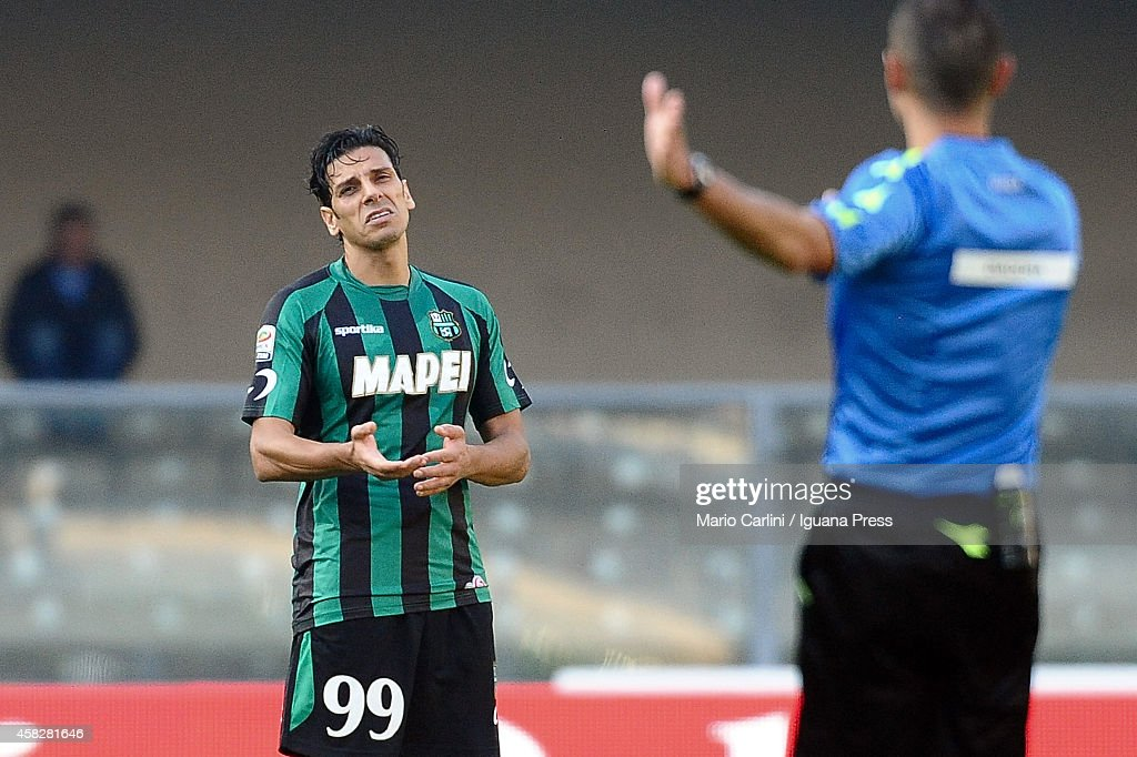 <a gi-track='captionPersonalityLinkClicked' href=/galleries/search?phrase=Sergio+Floccari&family=editorial&specificpeople=675401 ng-click='$event.stopPropagation()'>Sergio Floccari</a> # 99 of US Sassuolo Calcio reacts during the Serie A match between AC Chievo Verona and US Sassuolo Calcio at Stadio Marc'Antonio Bentegodi on November 2, 2014 in Verona, Italy.