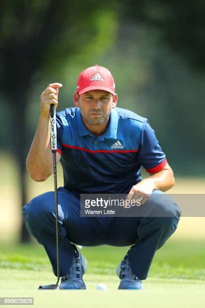 Sergio Garcia of Spain lines up on the 3rd green during day one of the BMW International Open at Golfclub Munchen Eichenried on June 22 2017 in...