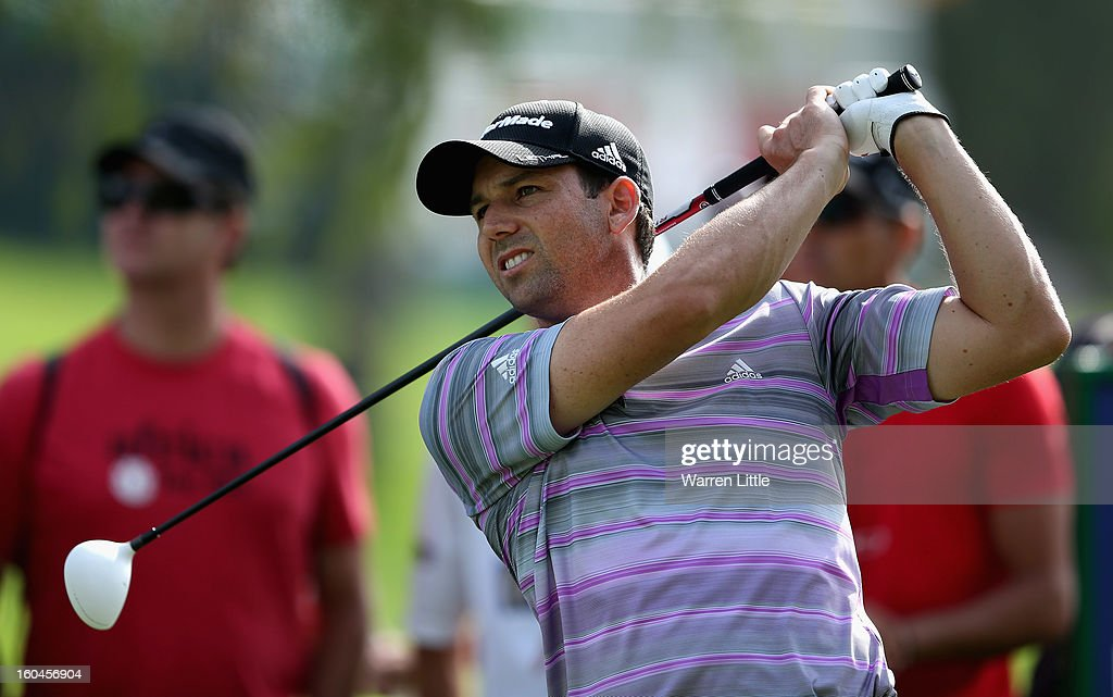 Sergio Garcia of Spain tees off on the 18th hole during the second round of the Omega Dubai Desert Classic at Emirates Golf Club on February 1, 2013 in Dubai, United Arab Emirates.