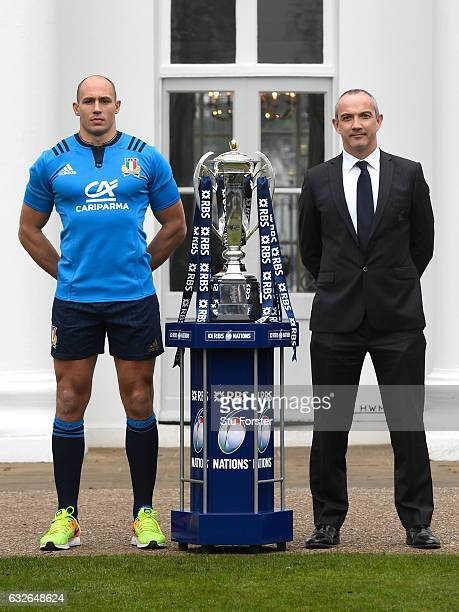 Sergio Parisse Captain of Italy and Conor O'Shea Head Coach of Italy pose with The Six Nations Trophy during the 2017 RBS Six Nations launch at The...