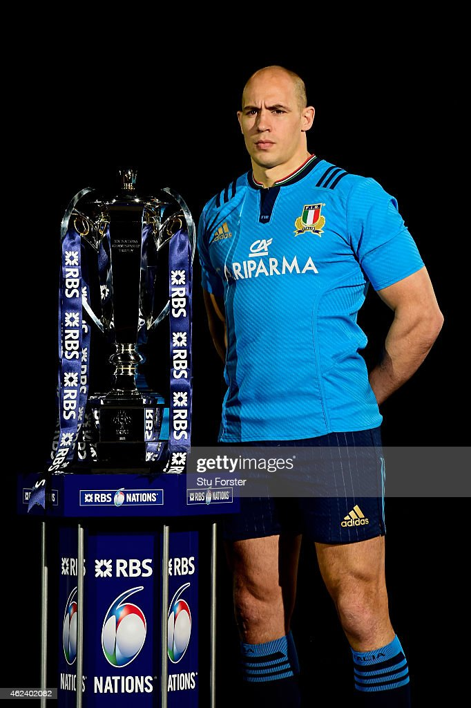 <a gi-track='captionPersonalityLinkClicked' href=/galleries/search?phrase=Sergio+Parisse&family=editorial&specificpeople=648570 ng-click='$event.stopPropagation()'>Sergio Parisse</a> of Italy poses with the trophy during the launch of the 2015 RBS Six Nations at the Hurlingham club on January 28, 2015 in London, England.