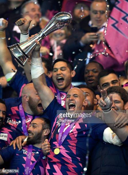 Sergio Parisse of Stade Francais lifts the trophy after the European Rugby Challenge Cup Final between Gloucester and Stade Francais