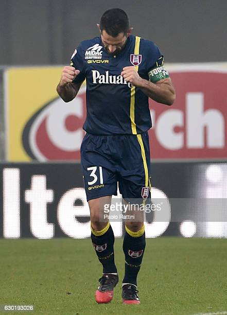 Sergio Pellissier of Chievo celebrate after penalty 20 during the Serie A match between AC ChievoVerona and UC Sampdoria at Stadio Marc'Antonio...
