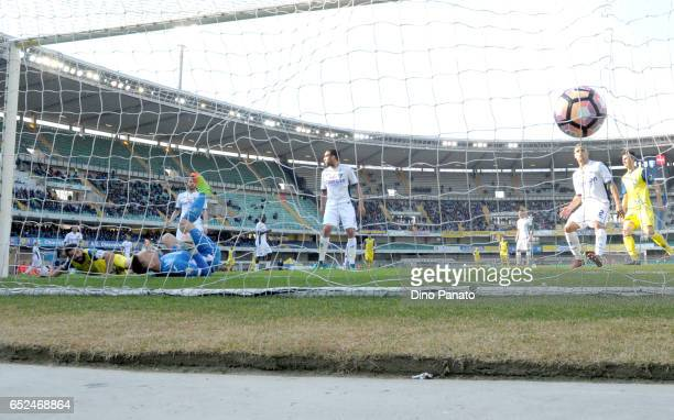 Sergio Pellissier of ChievoVerona scores his teams second goal during the Serie A match between AC ChievoVerona and Empoli FC at Stadio Marc'Antonio...