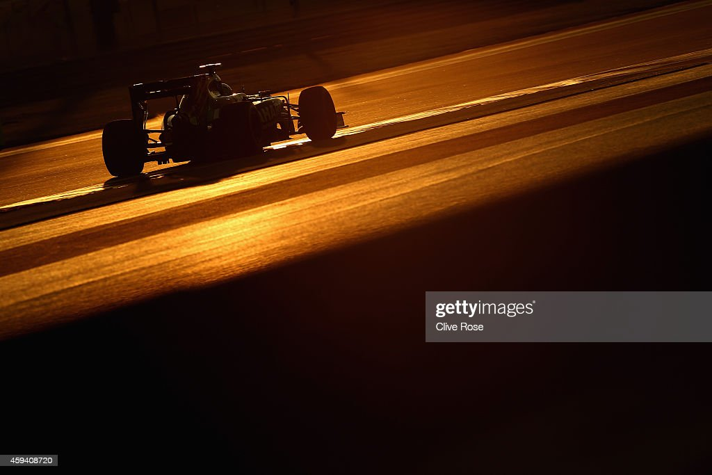 Sergio Perez of Mexico and Force India drives during qualifying for the Abu Dhabi Formula One Grand Prix at Yas Marina Circuit on November 22, 2014 in Abu Dhabi, United Arab Emirates.