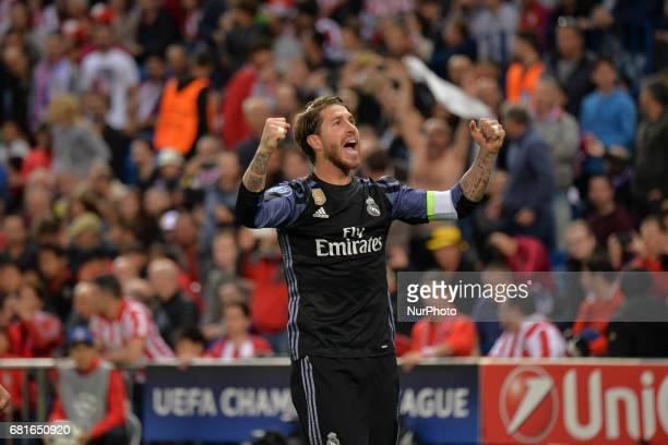 Sergio Ramos celebrate Goal Isco during the match between Real Madrid CF vs Atletico de Madrid as part of EUFA Champions League at Estadio Santiago...