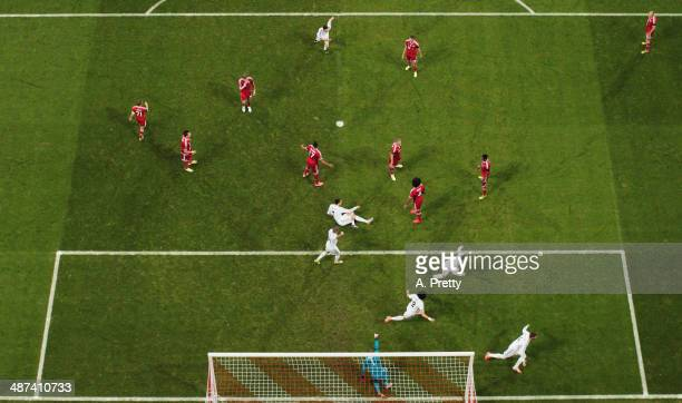 Sergio Ramos of Real Madrid celebrates after scoring the second goal during the UEFA Champions League semifinal second leg match between FC Bayern...