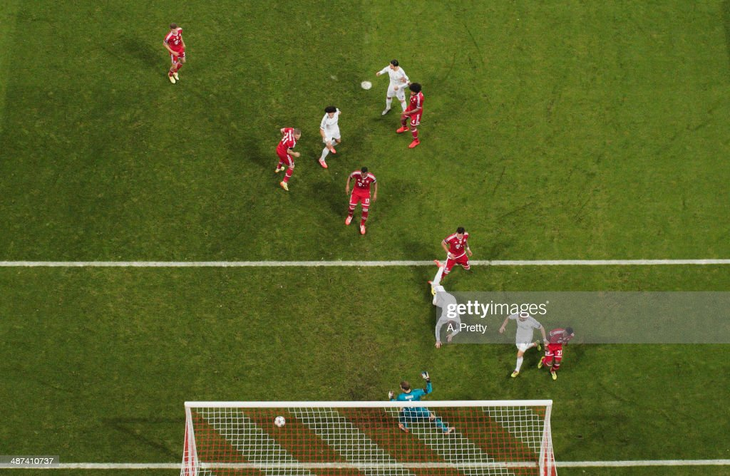 Sergio Ramos of Real Madrid scores the second goal during the UEFA Champions League semi-final second leg match between FC Bayern Muenchen and Real Madrid at Allianz Arena on April 29, 2014 in Munich, Germany.