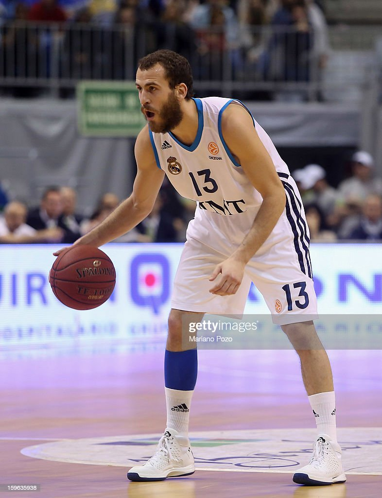 <a gi-track='captionPersonalityLinkClicked' href=/galleries/search?phrase=Sergio+Rodriguez&family=editorial&specificpeople=765161 ng-click='$event.stopPropagation()'>Sergio Rodriguez</a>, #13 of Real Madrid in action during the 2012-2013 Turkish Airlines Euroleague Top 16 Date 4 between Unicaja Malaga v Real Madrid at Palacio Deportes Martin Carpena on January 17, 2013 in Malaga, Spain.
