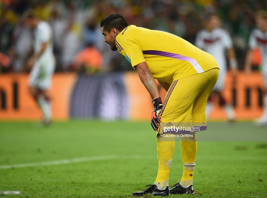 Sergio Romero of Argentina looks on during the 2014 FIFA World Cup Brazil Final match between Germany and Argentina at Maracana on July 13, 2014 in Rio de Janeiro, Brazil.