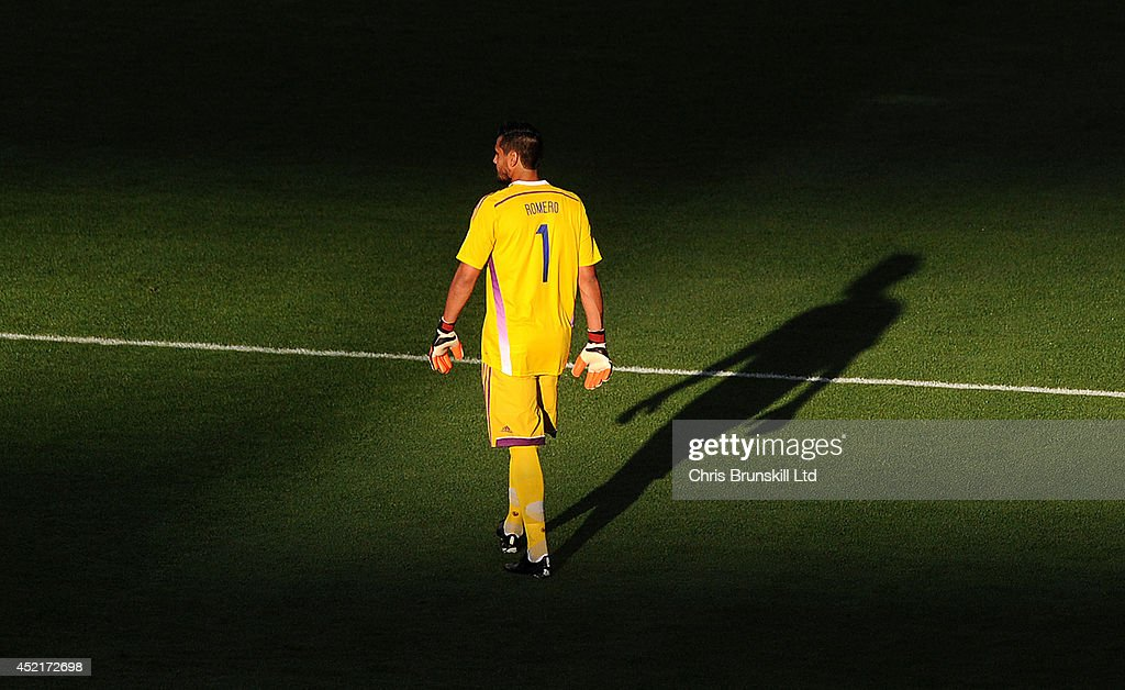 Sergio Romero of Argentina looks on during the 2014 World Cup Final match between Germany and Argentina at Maracana Stadium on July 13, 2014 in Rio de Janeiro, Brazil.