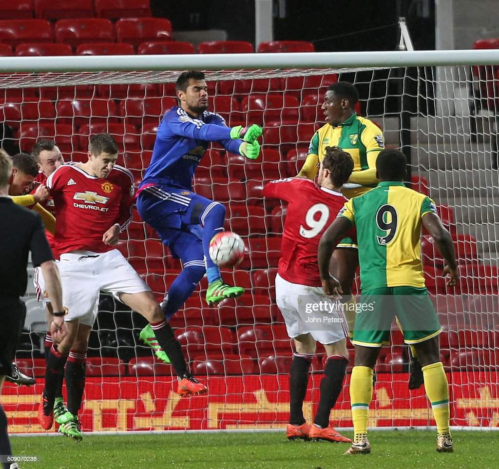 <a gi-track='captionPersonalityLinkClicked' href=/galleries/search?phrase=Sergio+Romero&family=editorial&specificpeople=4100804 ng-click='$event.stopPropagation()'>Sergio Romero</a> of Manchester United U21s in action during the U21 Premier League match between Manchester United U21s and Norwich City U21s at Old Trafford on February 8, 2016 in Manchester, England.