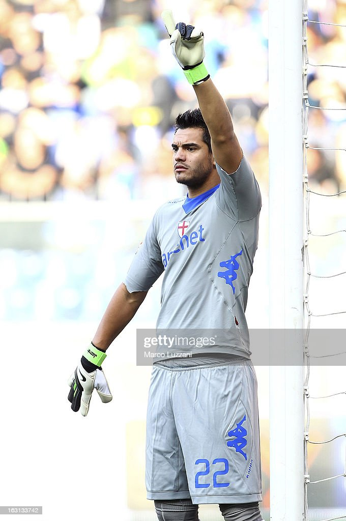 Sergio Romero of UC Sampdoria gestures during the Serie A match between UC Sampdoria and Parma FC at Stadio Luigi Ferraris on March 3, 2013 in Genoa, Italy.