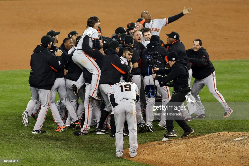 <a gi-track='captionPersonalityLinkClicked' href=/galleries/search?phrase=Sergio+Romo&family=editorial&specificpeople=5433590 ng-click='$event.stopPropagation()'>Sergio Romo</a> #54 of the San Francisco Giants celebrates with his teammates after striking out Miguel Cabrera #24 of the Detroit Tigers in the tenth inning to win Game Four of the Major League Baseball World Series at Comerica Park on October 28, 2012 in Detroit, Michigan. The San Francisco Giants defeated the Detroit Tigers 4-3 in the tenth inning to win the World Series in 4 straight games.