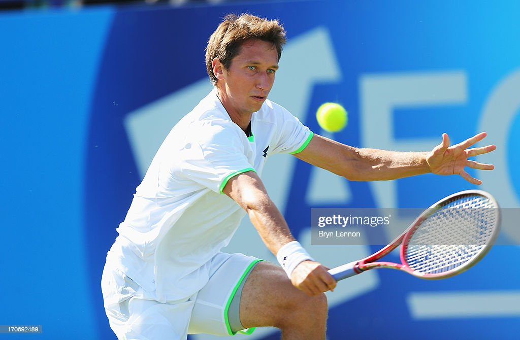 <a gi-track='captionPersonalityLinkClicked' href=/galleries/search?phrase=Sergiy+Stakhovsky&family=editorial&specificpeople=579263 ng-click='$event.stopPropagation()'>Sergiy Stakhovsky</a> of Ukraine returns in his men's singles qualifying match against James Blake of USA during day two of the AEGON International tennis tournament at Devonshire Park on June 16, 2013 in Eastbourne, England.