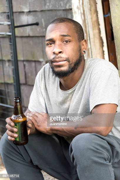 ernsthafte Afro Karibik junger Mann