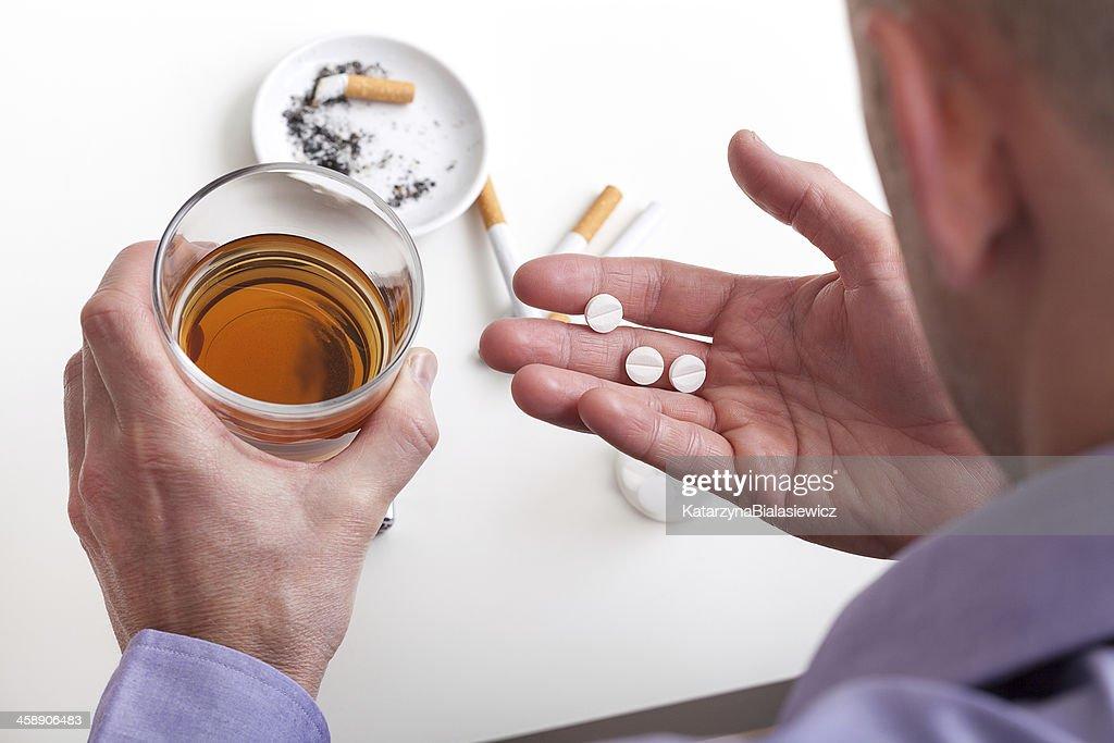 Как излечить самостоятельно алкоголизм