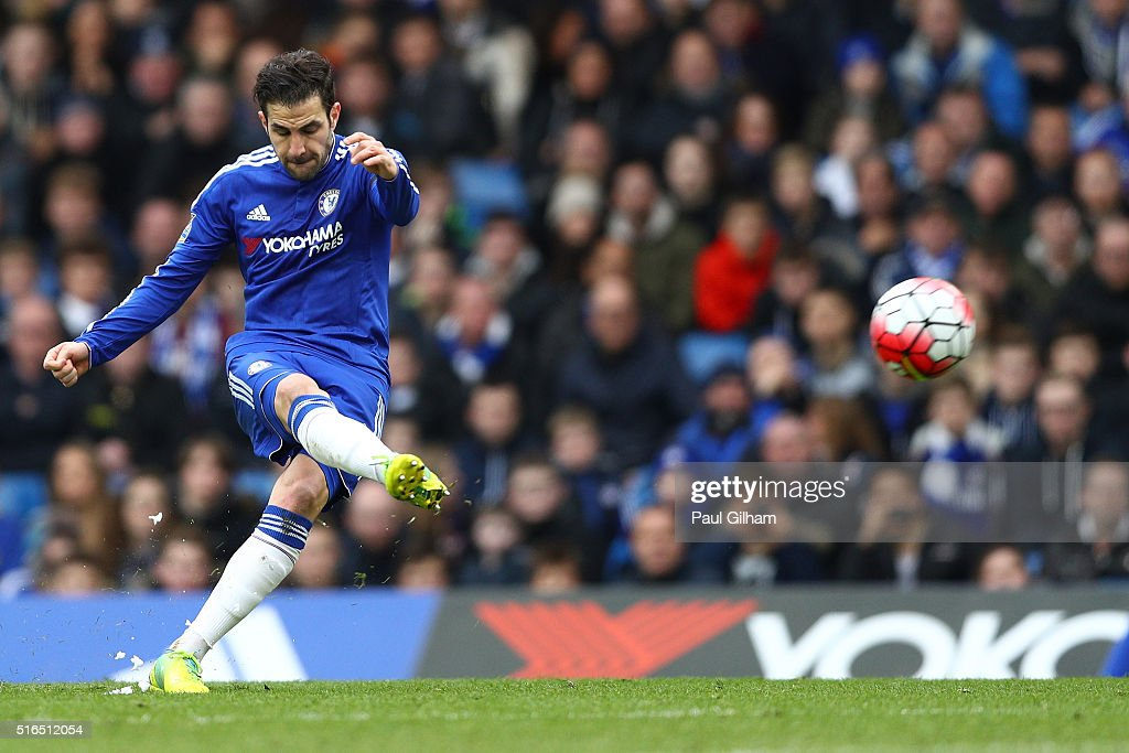 Sesc Fabregas of Chelsea scores his team's first goal from a free kick during the Barclays Premier League match between Chelsea and West Ham United at Stamford Bridge on March 19, 2016 in London, United Kingdom.