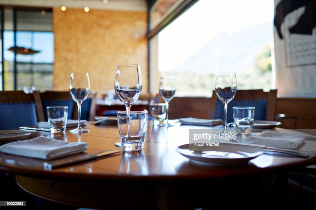 Set table at high-end restaurant : Stock Photo