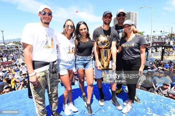 Seth Curry of the Dallas Mavericks Sydel Curry Ayesha Curry Dell Curry Sonja Curry and Stephen Curry of the Golden State Warriors pose for a photo...