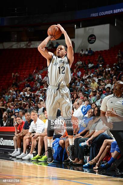 Seth Curry of the New Orleans Pelicans shoots against the Phoenix Suns on July 19 2015 at the Thomas Mack Center in Las Vegas Nevada NOTE TO USER...