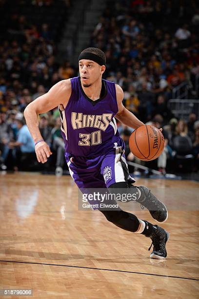 Seth Curry of the Sacramento Kings drives to the basket against the Denver Nuggets during the game on April 2 2016 at Pepsi Center in Denver Colorado...