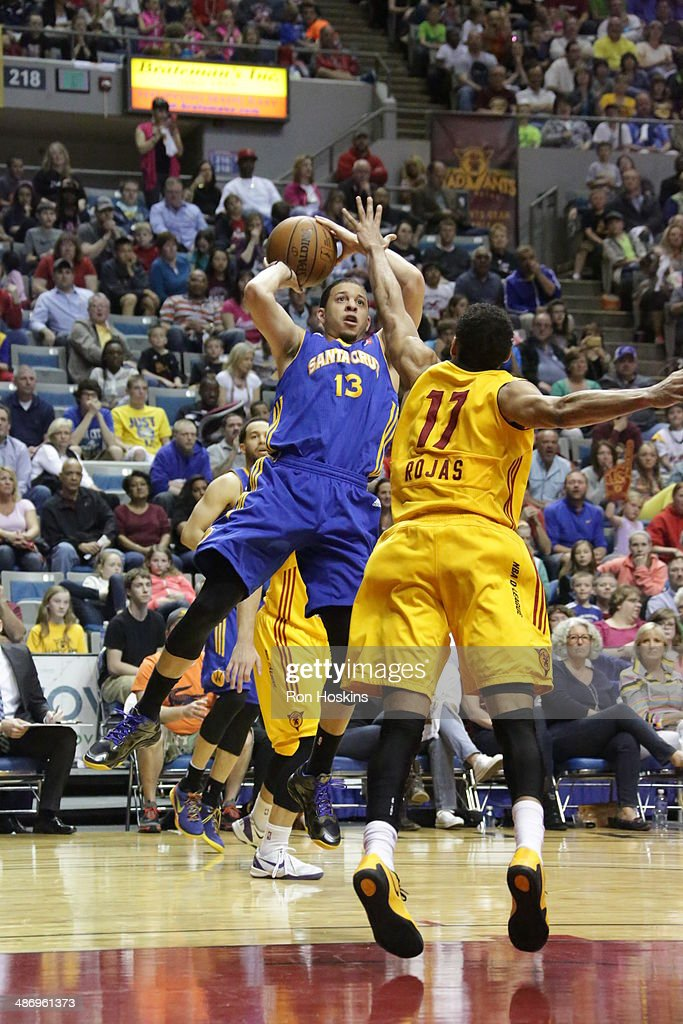 Seth Curry #13 of the Santa Cruz Warriors shoots against the Fort Wayne Mad Ants battles during game two of the National Basketball Developmental League Finals at Allen County Memorial Coliseum on April 26, 2014 in Fort Wayne, Indiana.